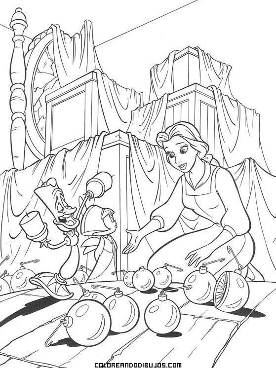 Bella de Disney en el desván