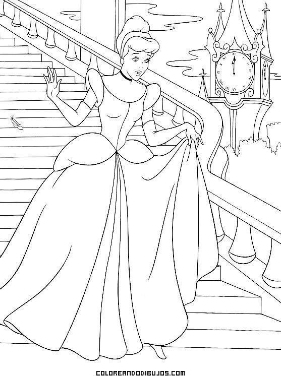 Cenicienta huye por las escaleras