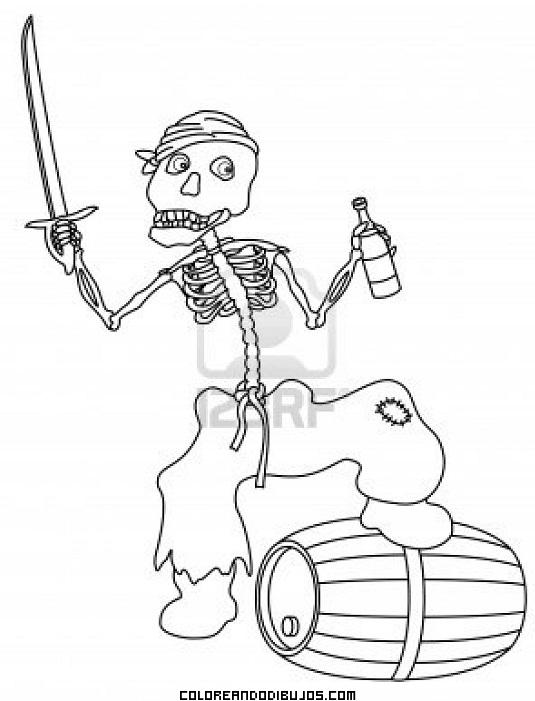 Esqueleto de pirata con una espada en la mano