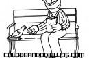 Blas dando de comer a las palomas
