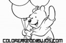 Winnie Pooh jugando con globos